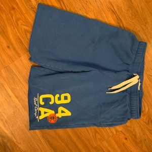 Men's Well maybe extra-large shorts